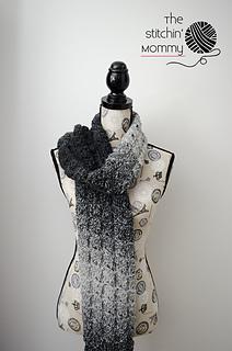 Gray_shells_scarf_4_small2