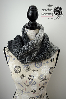 Gray_shells_scarf_3_small2