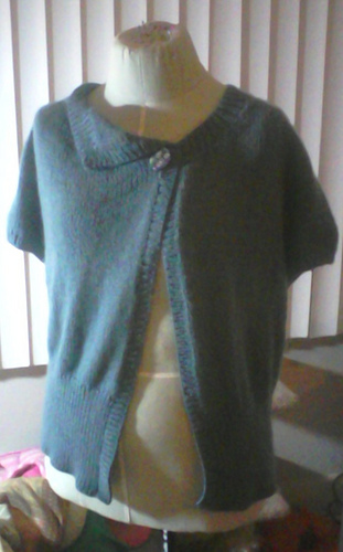 Cashmere_sweater_2_medium