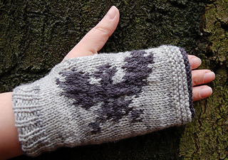 Gotgloves_nightswatch1_small2