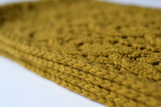 Bosc_scarf_corded_edge_detail_small2