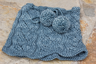 Drawstring Cowl Knitting Pattern : Ravelry: #142 Drawstring Lace Cowl pattern by SweaterBabe