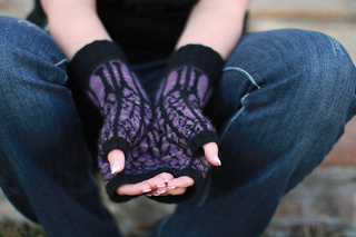 Twilightmitts2_small2