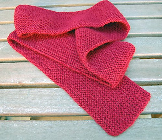 Ravelry: Lengthwise knitted scarf for beginners pattern by Dawn Lewis