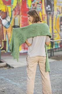 2_forestfloor_back_1964_univ_kids_shawls_small2