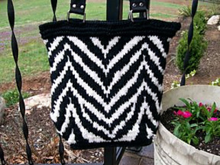 Knitting Patterns For Zingy : Ravelry: Zingy Zebra Purse pattern by Svetlana Avrakh