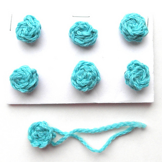 Ravelry: Knitted Buttons - Any Yarn pattern by Wee Sandy