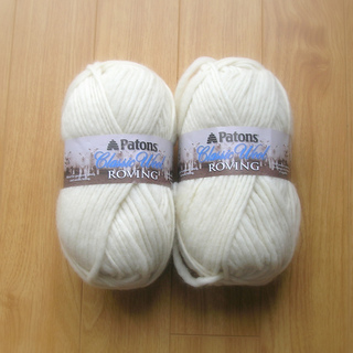 Patons_-_classic_wool_roving_-_aran_01_small2