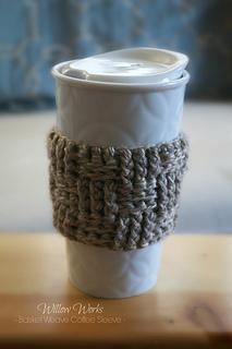 Basket_weave_coffee_sleeve_small2