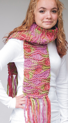 Wave_scarf_model_medium