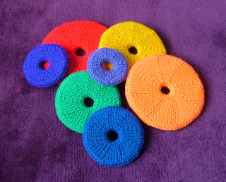 Rainbow_rings_800_small2