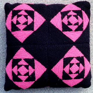 Eternity_cushion_1_small2