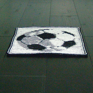 Football_2_square_small2