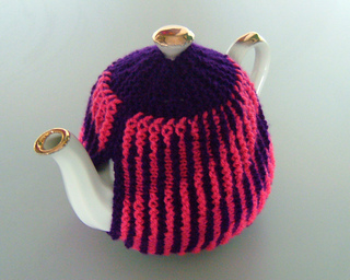 Pink_tea_cosy_800_small2