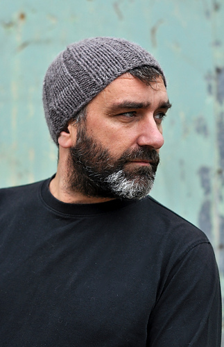 Free Knitting Pattern For Mens Ribbed Hat : Ravelry: Ribbed Beanie pattern by Woolly Wormhead
