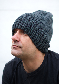 Ravelry: The Long Beanie pattern by Woolly Wormhead