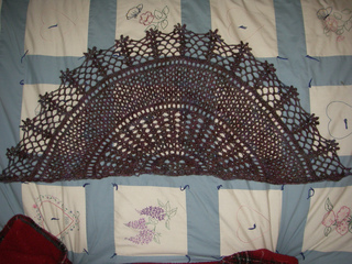 Stained_glass_shawl_001_small2
