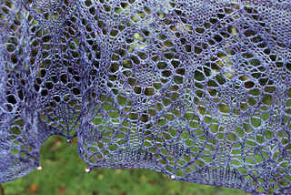 Lace_shawl_close_up_small2