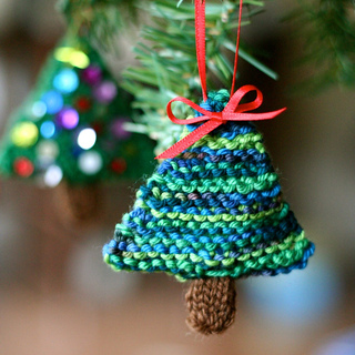 Ravelry: Oh! Christmas Tree! pattern by Emily Ivey