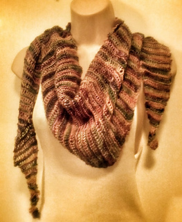 Kaleidoscope_scarf_portrait_3_small2