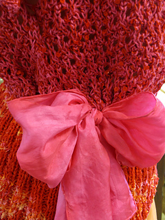 Silk_scarf_and_knit_orange_pink_close02_small2