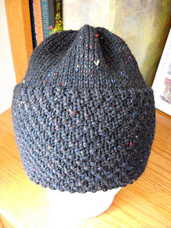 Mn_hat_with_moss_stitch_small2