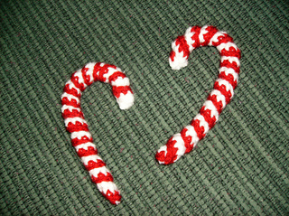 Candy_cane_ornaments_small2