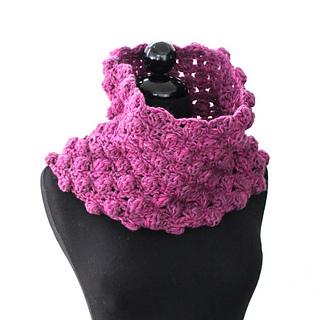 Bobbles_crochet_cowl_small2