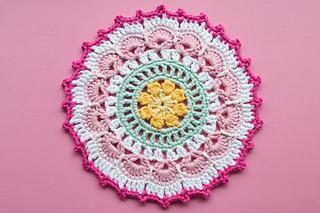 Picots-petals-mandala_4_small2