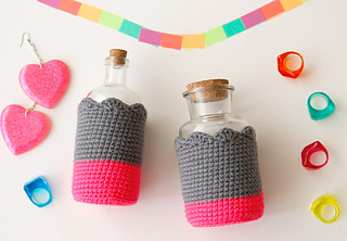 Wink-neon-dipdyed-bottle-cozy-finished1_small2