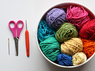 Wink-crochet-christmas-lights-supplies_small2