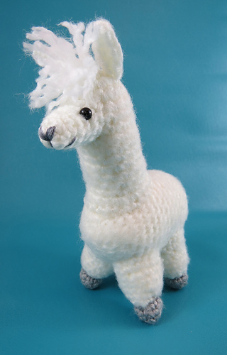 Alpaca_angle_left_medium
