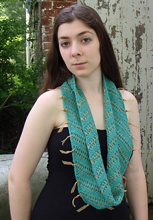 Ilse_of_skye_cowl_small2