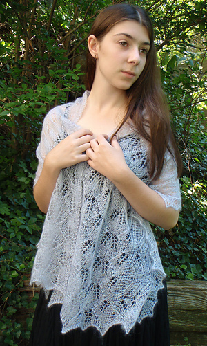 Lilac_stole_finished_front_2_medium