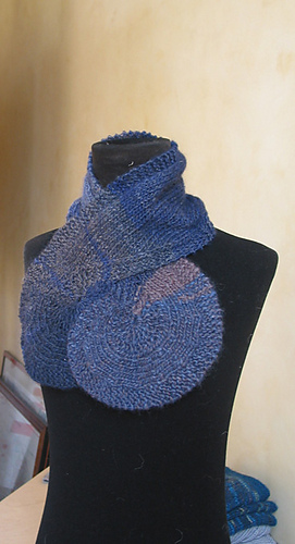 Escargot_scarf3_medium