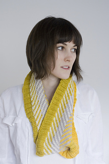Yellowmalcowl3_small2