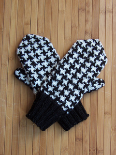 Houndstoothmittens_1883_small2