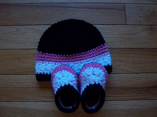Shoes_and_hat_004_small2