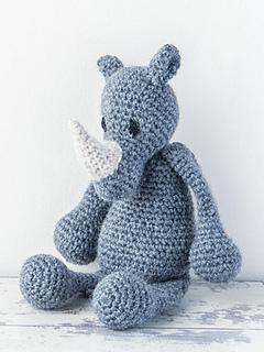 Edward_menagerie_kerry_lord_crochet_rhino_small2