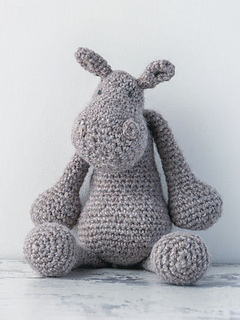 Edward_menagerie_crochet_kerry_lord_hippo_small2