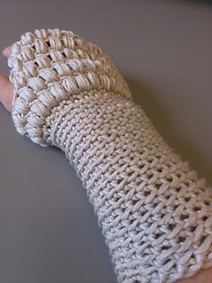 P34_jabby_fingerless_gloves_small2