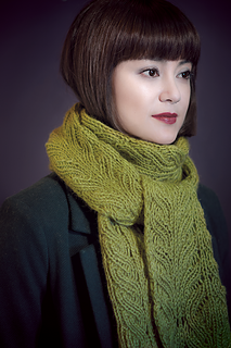 Green-scarf-3_small2