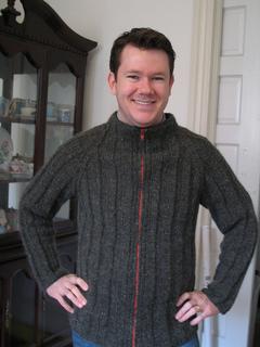 Birthday_sweater_4_small2