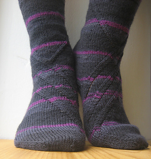 Knitting Patterns For Men s Socks On 4 Needles : Ravelry: Black Slant pattern by Anneh Fletcher