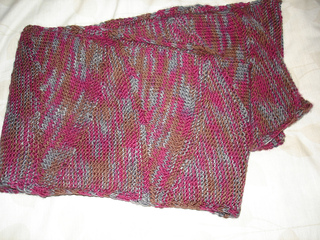 Scarf_finished_dec_14__2010_003_small2