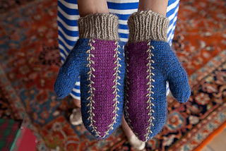 Knits_2d00_06_2d00_05_2d00_12_2d00_winter_2d00_holiday_2d00_0545_small2