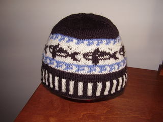 Hat_-_orca_beanie_01_small2