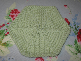 Ravelry: Knit Hexagon Pattern pattern by Knitty Rosy