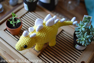 Stegosaurus_amigurumi_by_awkward_soul_designs__3__small2