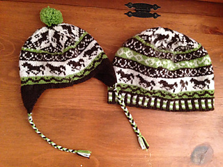 Hat_with_horsesravelry_small2